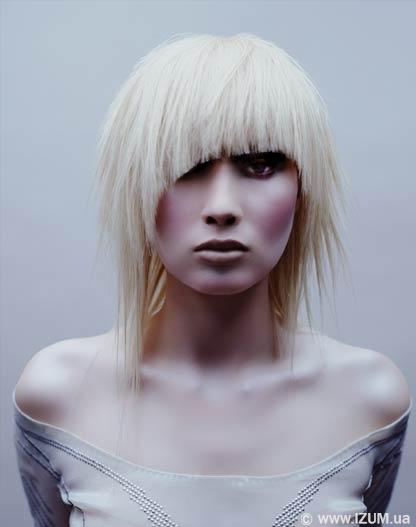 Фото на тему модная прическа и окрас волос для брюнеток.